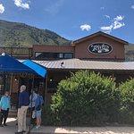 River's Restaurant照片