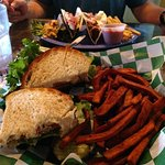Foto de Alpine Tavern and Eatery