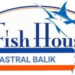 תמונה של Astral Fish House