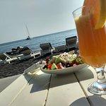 Φωτογραφία: Corner food and drinks