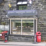 Betws Bakery (adjoining the Spar Shop)
