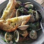 Real east coast clams in a yummy broth! No farm raised clams from southeast Asia here!
