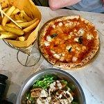 ภาพถ่ายของ Mama Eat Street Food
