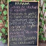ภาพถ่ายของ Kamana Bar