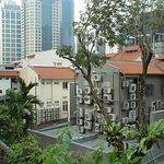 Chinatown, Singapore -  stroll along the backyards :)