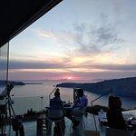 Photo de FlyAway Creative Restaurant & Bar powered by WEST EAST SUITES