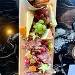 Zdjęcie 1608 - Wine & Cheese Bar
