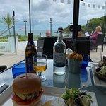 Photo de Cove Restaurant & Bar