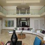 Chic Mansion