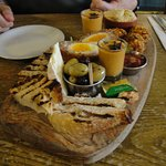 Highly recommend the Northumberland Sharer, washed down with a local brew
