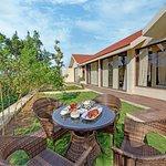Private Lawn Hazel Suite