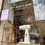 Photo de Lot Sixty One Coffee