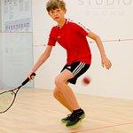Gra w squash to również wspaniała zabawa