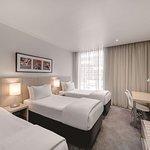 travelodge hotel docklands melbourne guest room triple bedroom