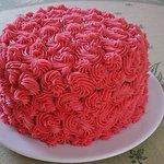 Gâteau rose framboise (maison)