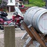 Parken bei den Wihiskyfässern
