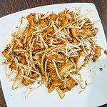 XO炒腸粉/Chicken Stri-fry Rice Roll with XO-Sauce
