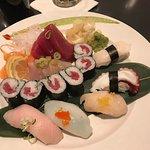 Foto de Samurai Blue Sushi & Sake Bar
