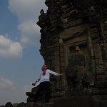 Visiter les temples en totale décontraction, ici à Bakong - Roluos Group