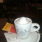 caffè schiumato ad arte preparato dalla signora Patrizia