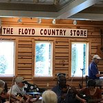 Bild från The Floyd Country Store