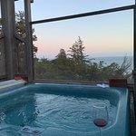 Private Hot Tub in Osprey Cove!