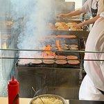 Photo de Webers Charcoal Barbecued Hamburgers
