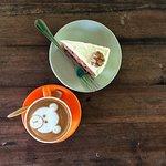 Foto The Smoothie Shop Cafe