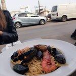 Foto de Roots Restaurant