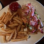 Lobster Roll @travelwinefoodie