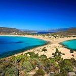 η βραβευμένη κ διάσημη παραλία του Σίμου