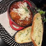 Special - meatballs and garlic bread
