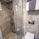 Deluxe Cumbalı Çift kişilik Oda Banyosu