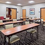 Dynamic meeting space for trainings, board meetings, or intimate social gatherings.
