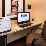 Print your boarding pass fast in the Hampton Inn San Antonio - Northwoods business center