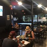 Photo de Renegade Craft Beer & Billiards Sports Bar