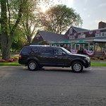 Closest cab to the Millerirdge Inn Jericho NY 11753