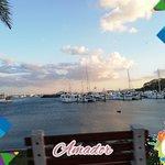 Es un excelente lugar para ver la Ciudad de Panamá y las riquezas que contiene; un excelente lugar para relajarse, pasear en bicicleta, caminar o visitar algún restaurante o bar.