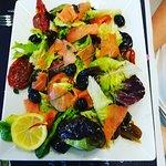 Salade truite fumée