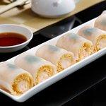 金網脆皮蝦腸 Steamed Crispy Rice Roll with Shrimp