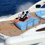 www.yacht-yesdarling.com/