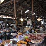Hua Thanon Wet Market (Muslim market).