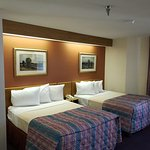 Double bedded room, WiFi and free continental breakfast.  Hotel close to strip.