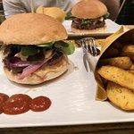 صورة فوتوغرافية لـ TheLab - Unconventional Burger Experience