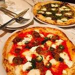 صورة فوتوغرافية لـ 800° Degrees Neapolitan Pizzeria NEWoMan