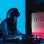 Mirnha playing Techno beats
