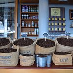ภาพถ่ายของ Coffee Talk Karon Beach