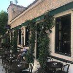 Zeplin Bar & Pub resmi