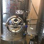 "Wineshop ""Winery Khareba"" ภาพถ่าย"