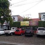 Restoran Pawon Mina Genteng